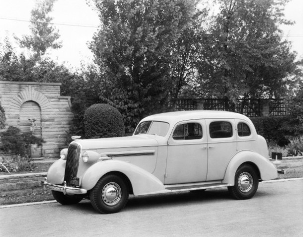 1936BuickCenturySeries60-medium