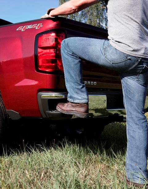 2014 Chevrolet Silverado Step
