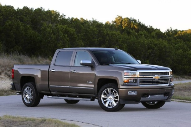 2014-Chevrolet-SilveradoHighCtry-073-medium